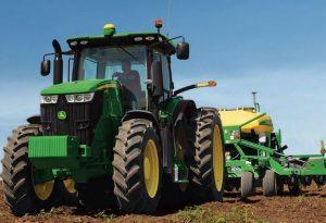 7210R Row Crop Tractor