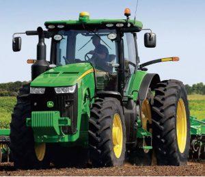 8270R Row Crop Tractor