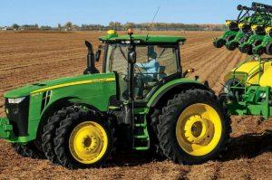 8295R Row Crop Tractor
