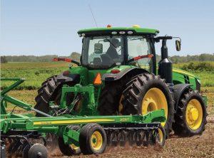 8320R Row Crop Tractor