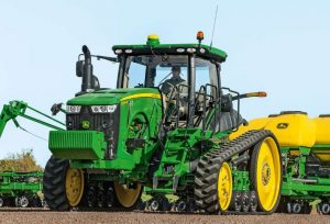 8320RT Row Crop Tractor
