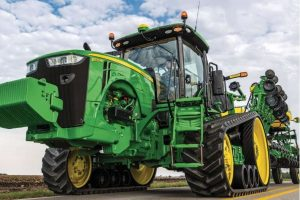 8370RT Row Crop Tractor