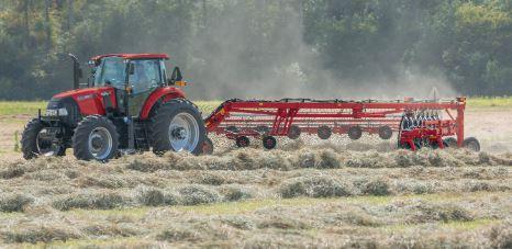 Case Compact Farmall 130A Tractors