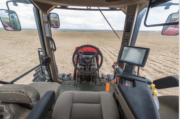 Case Magnum 220 Tractors