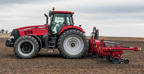 Case Magnum 240 Tractors