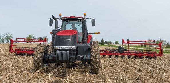 Case Magnum 310 Tractors
