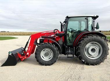 Massey Ferguson 5711 Series Mid-Range Tractor