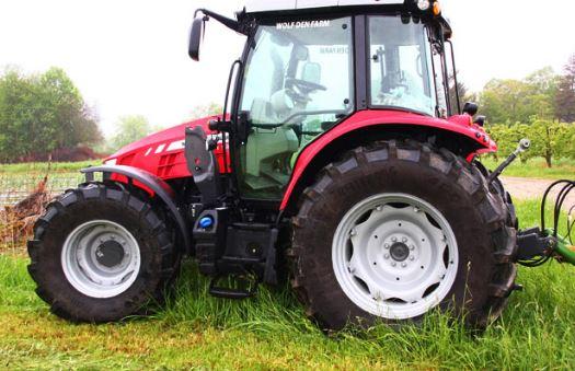 Massey Ferguson 5712S Series Mid-Range Tractor