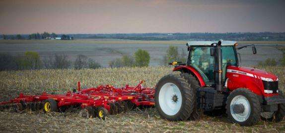 Massey Ferguson 8660 Series Row Crop Tractor
