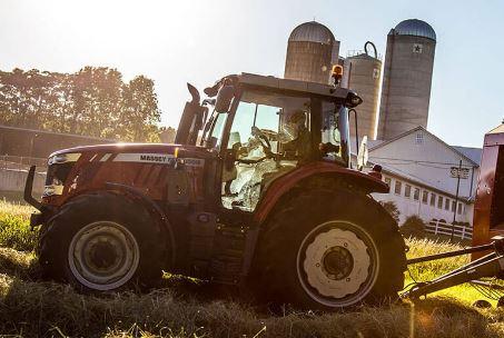 Massey Ferguson MF6715S Series Mid-Range Tractor