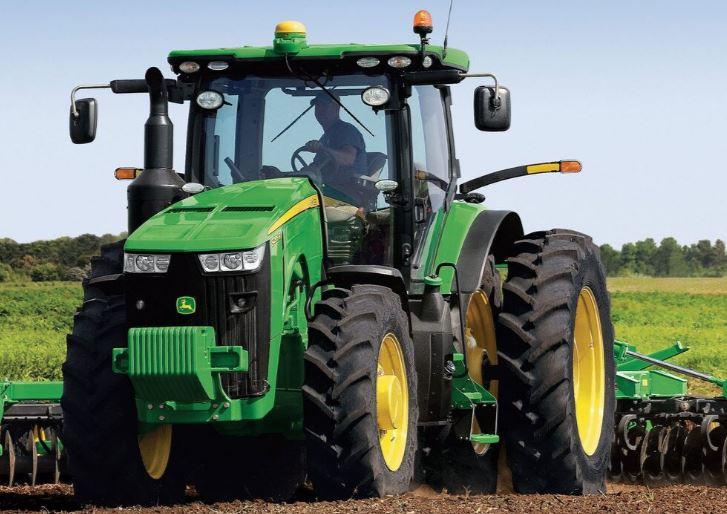 John Deere 8270R Tractor